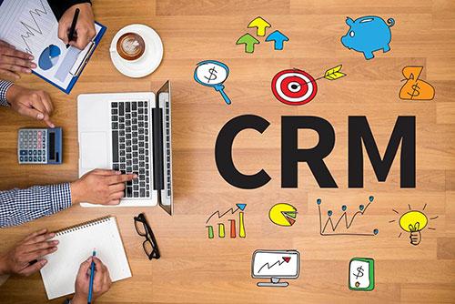 CRM-همه-چیز-در-یک-نرم-افزار